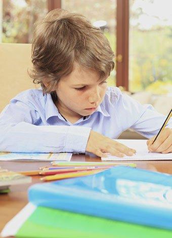 Tratar el trastorno de atención con Hiperactividad en la infancia reduce la atención en edad adulta